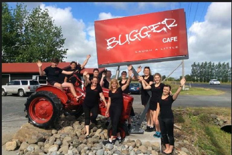 Bugger Cafe: Hauraki Rail Trail